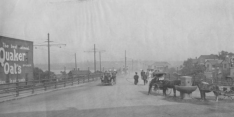 Horse Trough, Kansas City (1900)   Missouri Valley Special Collections, Kansas City Public Library, Kansas City, Missouri.