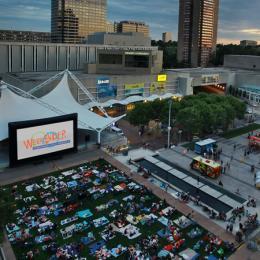 Cinema Under the Stars - Crown Center's WeekEnder